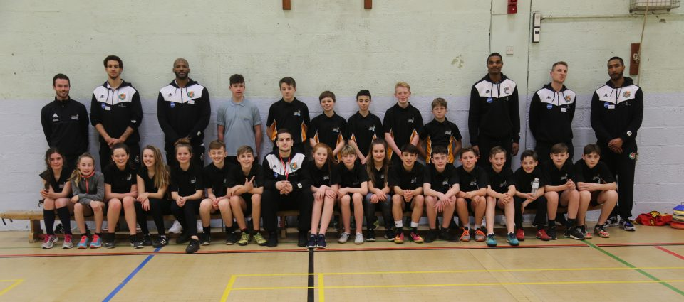 Plymouth Raiders stars with saltash.net students after a coaching session