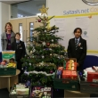 Saltash.net staff make Christmas contribution to local foodbank